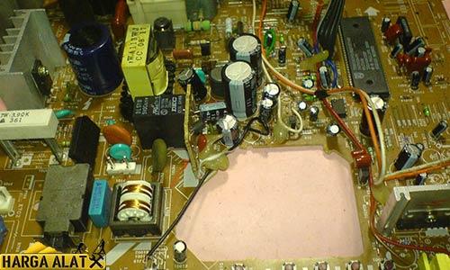 3. Elco Dekat IC Vertikal Mati