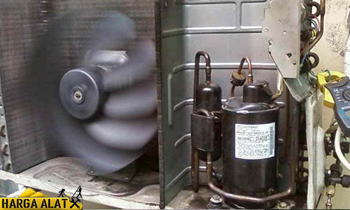 3. Timer AC Kedap Kedip Akibat Kompresor AC Rusak
