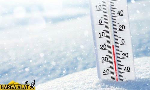 11. Suhu Luar Lebih Dingin