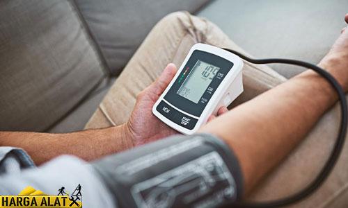 Cara Menggunakan Alat Tensi Darah Digital